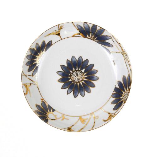 http://www.tasse-et-assiette.com/1023-thickbox/assiette-calotte-22-cm-petale-bleute-en-porcelaine.jpg