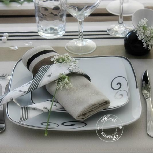 Service de table figuier en eden 24 pcs en porcelaine for Service de table noir