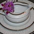 Service de table 18 pièces Montbrétia en porcelaine