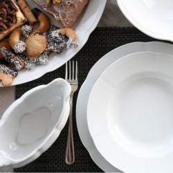 service de table complet la Marquise, vaisselle en porcelaine blanche, art de la table de style rétro chic