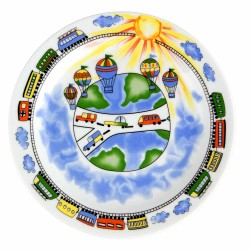 art de la table, assiette plate ronde pour enfant, service enfant en porcelaine, motif train voiture montgolfière