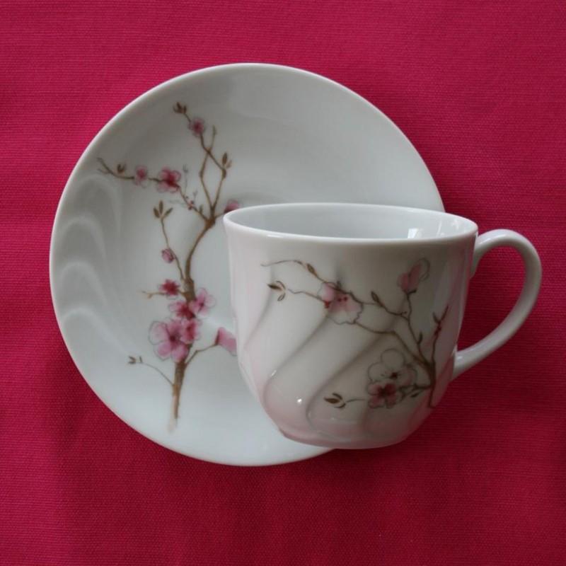 tasse assiette tasse 220 ml avec soucoupe le sacre du printemps en porcelaine. Black Bedroom Furniture Sets. Home Design Ideas