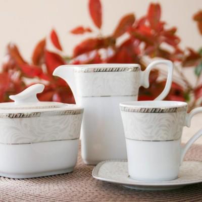 tasse assiette service de table porcelaine com te perl e. Black Bedroom Furniture Sets. Home Design Ideas