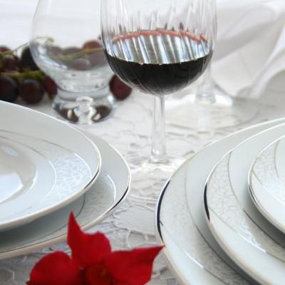 tasse assiette vaisselle en porcelaine cristal eternel. Black Bedroom Furniture Sets. Home Design Ideas