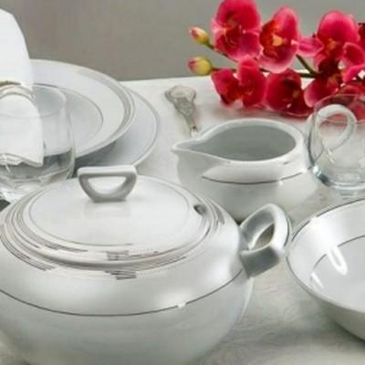 service de table en porcelaine fine noces c lestes. Black Bedroom Furniture Sets. Home Design Ideas